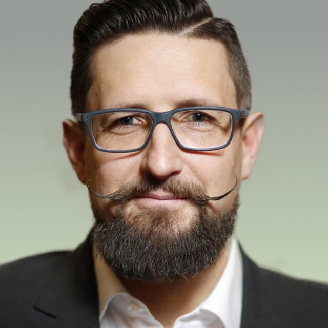 Andreas Dinnebier Beisitzer