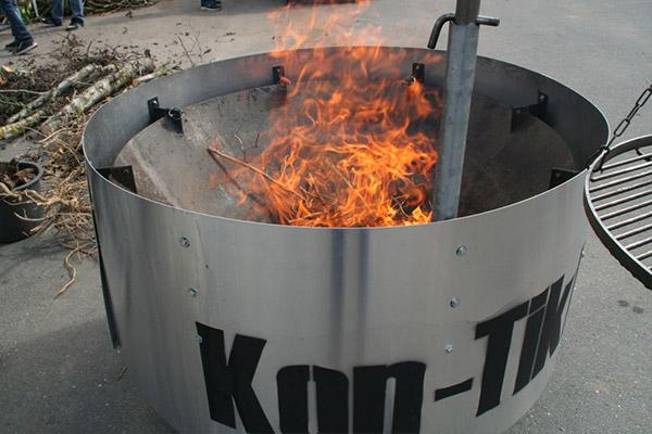 Kon Tiki Pflanzenkohleherstellung